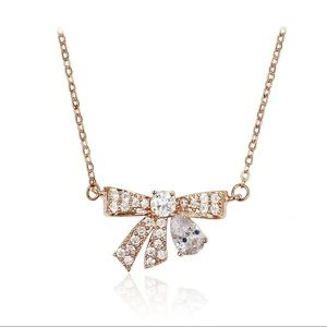 Fashion rose gold pendant crystal knot necklace